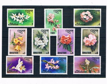 Floral Postage Stamps | vintage 1970s flower stamps, used postal stamp stock card | stamps for card toppers, collage, upcycling, collection