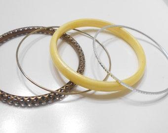 Four Vintage Bangle Bracelets (8293) Plastic & Metal