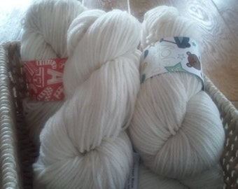 100% Cormo Wool 175 yard Worsted Weight Skein