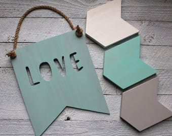 Rustic Love Sign - Rustic Love and Wood - Rustic Love Decor - Love Sign Wood - Baby Shower Gift Ideas - New Baby Gift Idea - Chic Decor