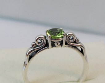 Peridot Scroll Ring, Sterling Silver, 5mm Peridot Gemstone, August Birthstone Jewelry, Natural Peridot, Green Solitaire Ring
