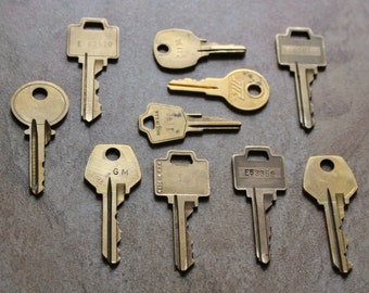 10 vintage brass metal keys from various manufacturers  FREE SHIP in USA