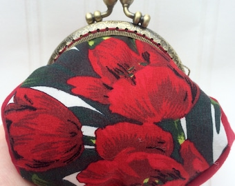 Red poppy purse, Purse, Coin Purse, fabric purse, framed purse, clasp purse, poppy purse, poppies