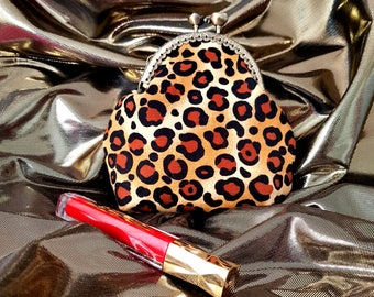 Rockabilly Kiss Lock Coin Purse, Make-up Bag, Leopard Print, Vintage Metal Bronze Frame, Pin-up Girl