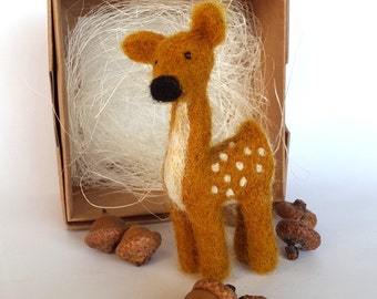 Needle felted Fawn, Brown animal, Home Decoration, Fawn Statue, felt animal