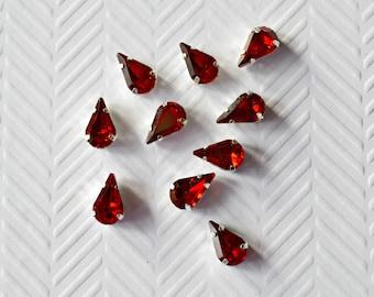 Red Teardrop Rhinestones. Red Glass Rhinestones. Dark Red Rhinestones. 10 Pieces.
