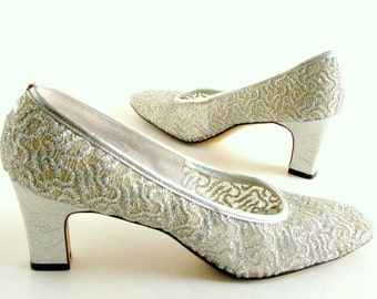 Vintage 1980's Silver Lace Vitality Pumps, Size 7.5 2A/4A to 8 2A/4A