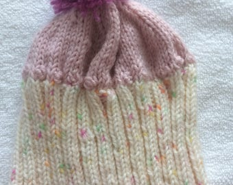 CUPCAKE BABY HAT, size 3 months