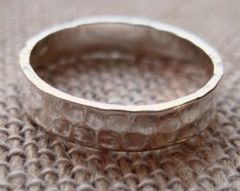 Hammered Sterling Silver Ring Band Blank - 4 mm wide - Plain hammered ring band.  Stampable.  Size 8.
