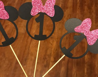 15 Minnie Mouse cupcake toppers