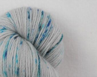 Hand-dyed yarn - superwash merino - speckles - sock yarn - dyed-to-order - PERLE