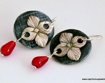 Silver Earrings, Statement earrings, Art Jewellery, Contemporary Jewellery, 99% silver, eco friendly, UK shop, black and silver earrings