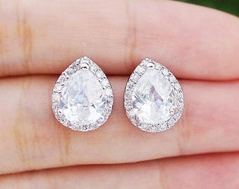 Wedding Jewelry Bridal Jewelry Bridal Earrings Bridesmaid Gift Bridesmaid Jewelry Clear White LUX Cubic Zirconia Tear drops Ear Posts