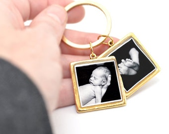 Photo Keychain | Personalized Keychain | Picture Keychain |  Gifts for Mom | Dad Gift | Mothers Day Gift | Custom Key Ring | Gifts for Her