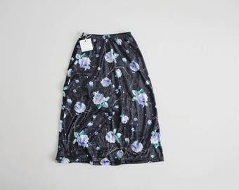floral velvet skirt | crushed velvet skirt | black and purple floral skirt