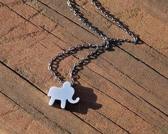 Lovely Silver Elephant Pendant Gun Metal Chain Necklace