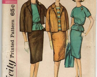 Lined Jacket Skirt Has Back Kick Pleat And Overblouse With Back Zipper Self Tie Belt Plus Size 40 Sewing Pattern Simplicity 4141