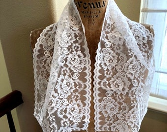 Vintage Lace, 33 inches of Lace,  Wide lace