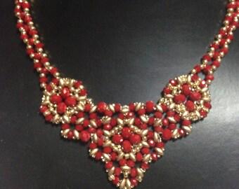 collier cristalli rosso e oro