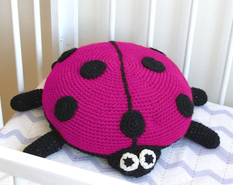 Crochet lady bug pillow / round pillow / baby pillow / kids room / nursery decor / baby cushion / ladybird pillow / lady bug  cushion