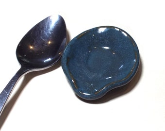 Spoon Rest Coffee Making Teaspoon Tablespoon Deep Ocean Blue Ceramic Stoneware Pottery Spoon Rest Home Office Practical Useful Small Gift