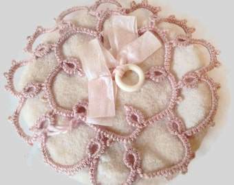 1920's Pale Pink Tatted Powder Puff