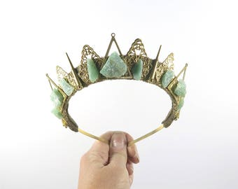 Obscura Aventurine Crown - Queen of the Ruins Collection - by Loschy Designs