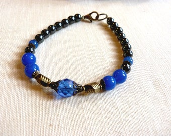 Ethnic style and zen in blue agate and hematite unisex bracelet