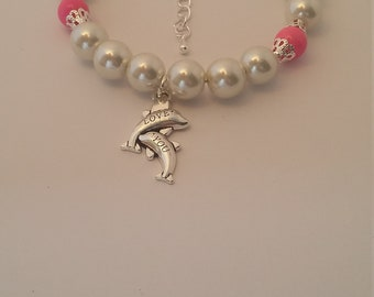 Dolphin charm bead bracelet