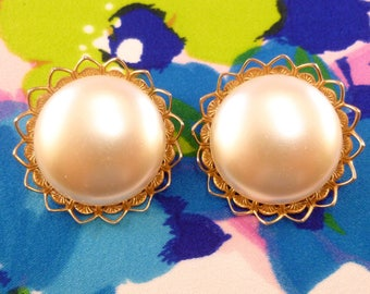 Vintage Judy Lee clip on earrings - gold and faux pearl