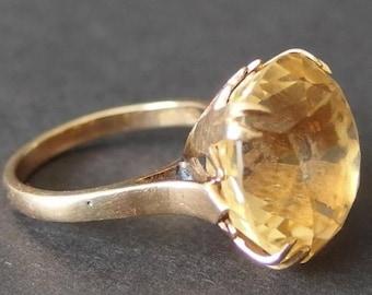 14 KT Gold Retro Ring