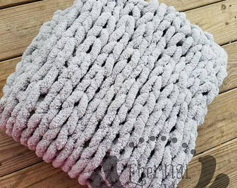 """Thick, Chunky, Arm Knitted Blanket 45x60"""""""
