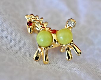 Tiny Vintage Horse Pin, Gold Tone, Horse Brooch, Pony Brooch, Pony Pin, Gold Brooch, Small Brooch, Figural Jewelry, Tiny Gold Brooch, GS1177
