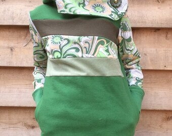 SWEET GRASS Handmade Hoodie Sweatshirt Recycled Upcycled One of a Kind Paisley Ladies SMALL - Green Vintage Cute Pockets