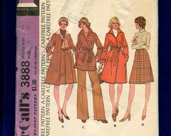 1970's McCall's 3888 Flared Wrap Coat with Pop Up Collar & A-Line Skirt Size 20 UNCUT