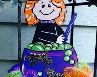 Halloween door sign, halloween signs, halloween door hanger, witch door sign, witch door hanger, halloween witch sign, fall door sign,