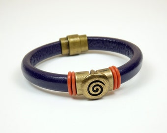 Deep Purple Licorice Leather Bracelet with Antique Brass Spiral