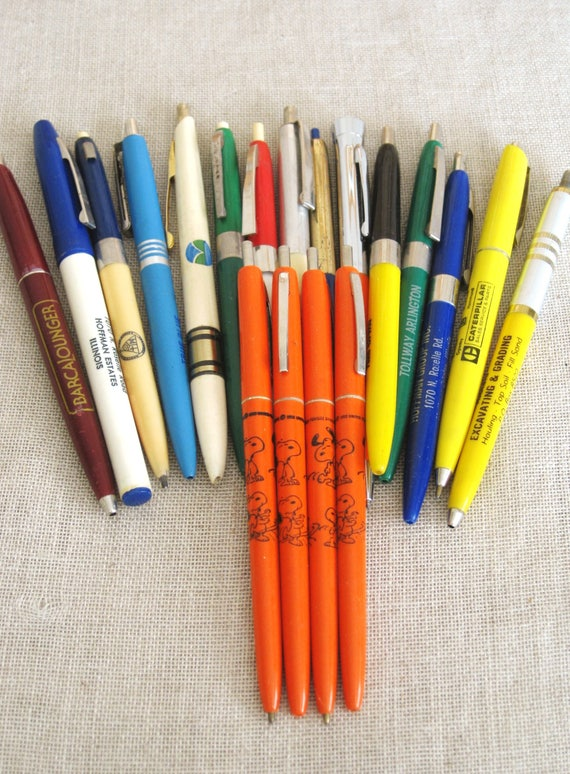 Vintage Ball Point Pen Collection, Snoopy, Lot, 18 Pieces, Writing  Instrument, Ink Pen, Illinois, Plastic, Office Supplies, School, Colorful  From ...