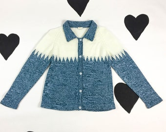 70's frosty blue white knit cardigan sweater jacket 1970's soft collared button up cozy snow capped winter ski pockets sweater / size M L