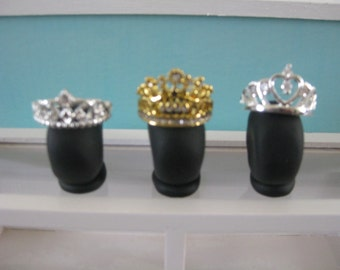 "1:12th Scale (1"" Scale) Miniature Tiara Display Set. Dollhouse Decoration, Room Box Display or Mini Jewelry Store Display. (MTD-Set-3)"
