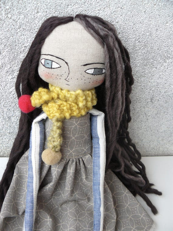 Large art doll in cotton and alpaca and wool hair. 16,5 inches. Long hair.