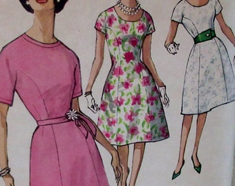 Vintage Simplicity  Junior and Misses One-Piece Dress Pattern #4403  Size 18 Bust 38