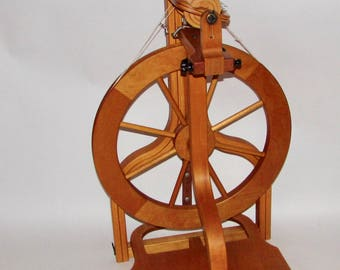 Schacht Matchless spinning wheel - single treadle - with lazy kate and 4 bobbins Used - prefer pick up at Maryland Sheep and Wool Festival