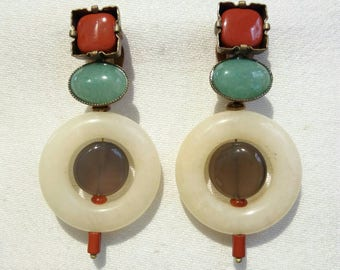POP ROUGE : boucles d'oreilles clips en pierres naturelles