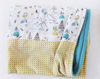 Plaid blanket baby cradle OEKO - TEX fabric polar animals / cross - yellow, blue ice, mint / blue glacier fleece 95 cm x 65 cm