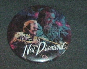 NEIL DIAMOND Pin Back  - (New)