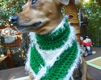 "Christmas Dog Scarf with a White Fur Trim Size Large 4""x41"""