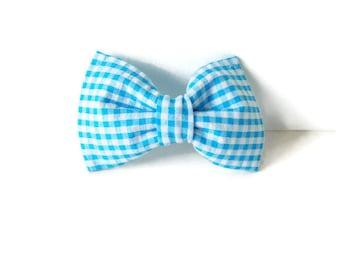 Seesucker blue dog bow tie, blue bow, seesucker collar bow, light blue girl bow, cat bow tie