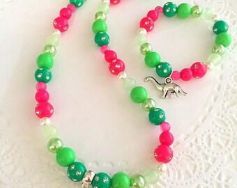 Dinosaur necklace bracelet set, childrens jewelry, beaded jewelry set, kids jewelry set, dinosaur necklace, dinosaur bracelet.