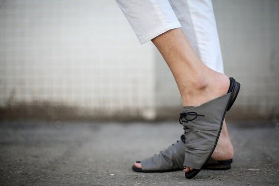 Grey Summer Slip Sandals Reese Flats On Handmade Slide Slouch Sandals Sandals Lace Sandals Sandals Sandals SALE Tie Sandals Grey FwqExXF8